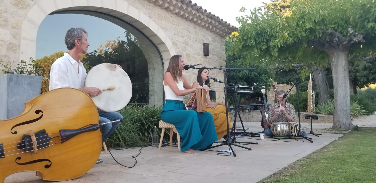 Atelier chant du monde pour adulte à Aix-en-Provence